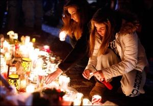 121218_newtown_vigil_lg